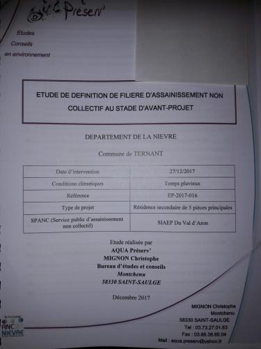Het rapport van het grondonderzoek en het advies. Helaas slechte doorlaatbare grond Besproken met Spanc. Toestemming om te beginnen